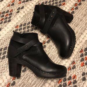BRYR Shearling Boots Abilene